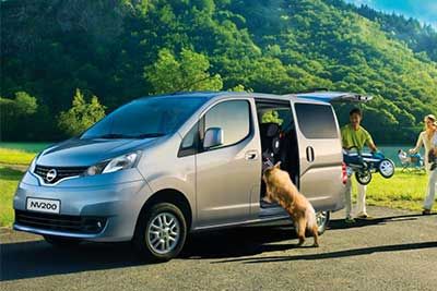 Nissan Nv200 Combi - Bold And Charming